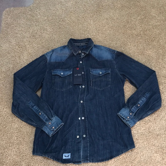 e860f697d8 Armani Jeans Men s Small denim shirt